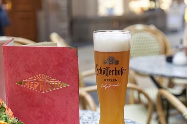 Genießen in Leipzig (Retrieved from Pixabay - wdreblow)