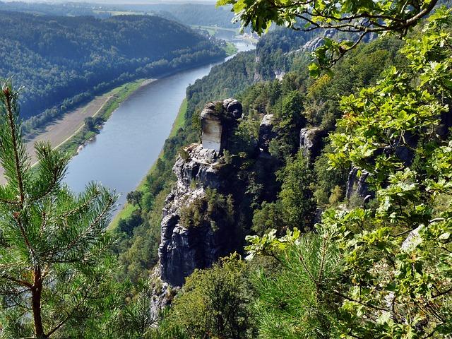 Sächsische Schweiz_pixabay_andreasmetallerreni