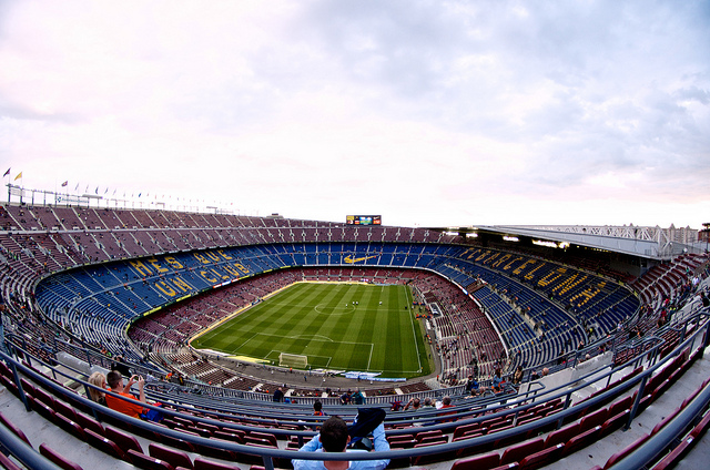 Stadion Camp Nou (Retrieved from Flickr - Damien McMahon)