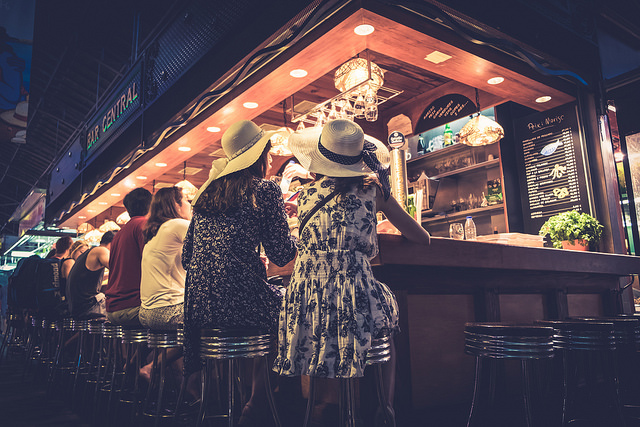 Bar Central Mercat de la Boqueria (Retrieved from Flickr - Enric Fradera)