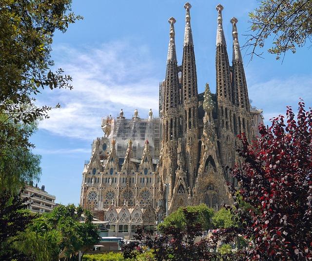 Sagrada Familia (Retrieved from Pixabay - Patrice-Audet)