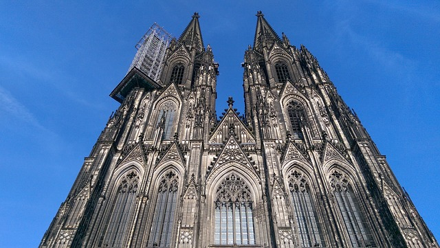 Kölner Dom (Retrieved from Pixabay - Sebel-Design)