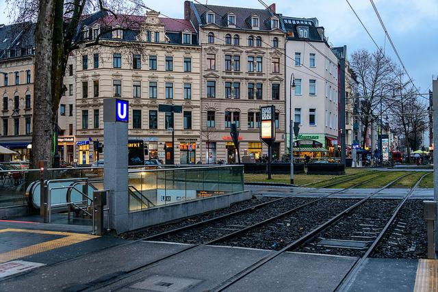 Chlodwigplatz in Köln (Retrieved from Flickr - Robert Brands)