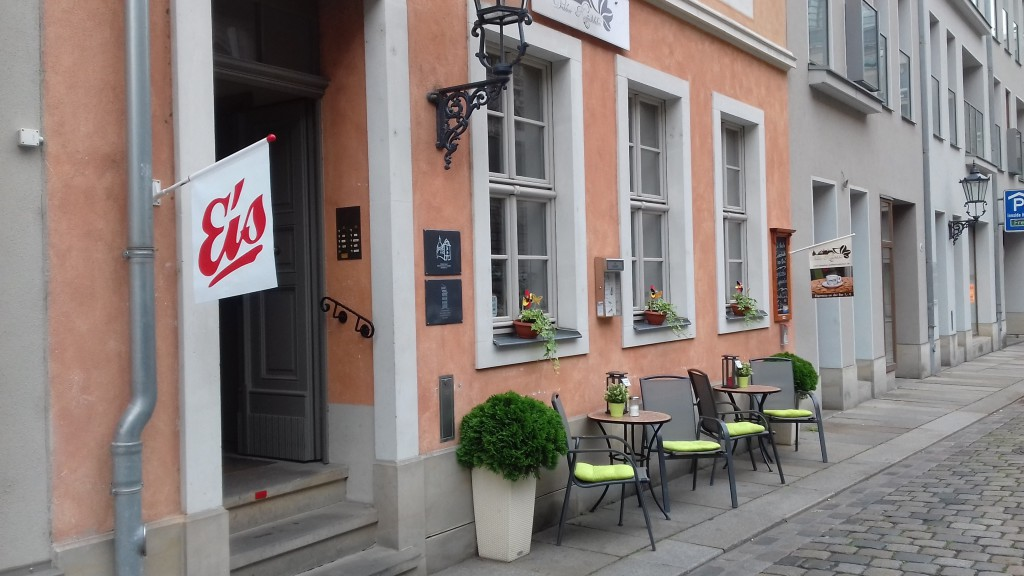 Dresdner Kaffeehaus (Retrieved from Dresdner Kaffeehaus)