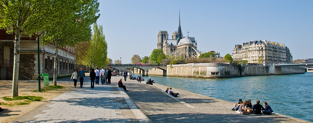 Île de la Cité (Retrieved from Flickr - Gary Campbell-Hall)