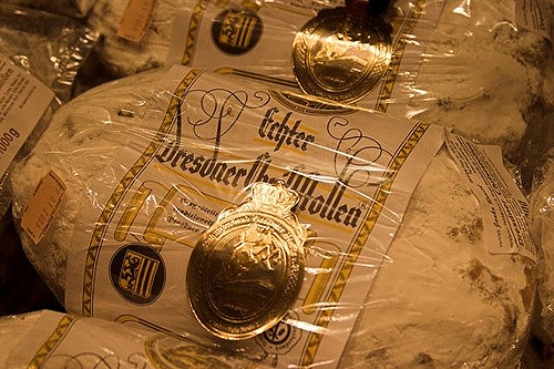 Echter Dresdner Christstollen (Retrieved from Flickr - Joachim Quandt)