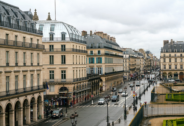 Rue de Rivoli (Retrieved from Flickr - Pedro Skezely)