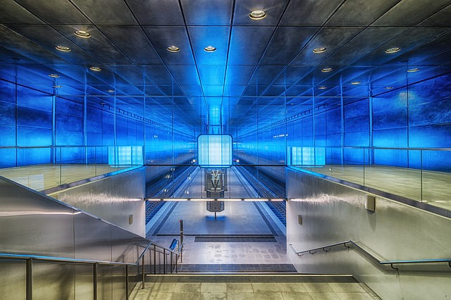 U-Bahn Station in Hamburg (Retrieved from Pixabay - fotoloehrling)