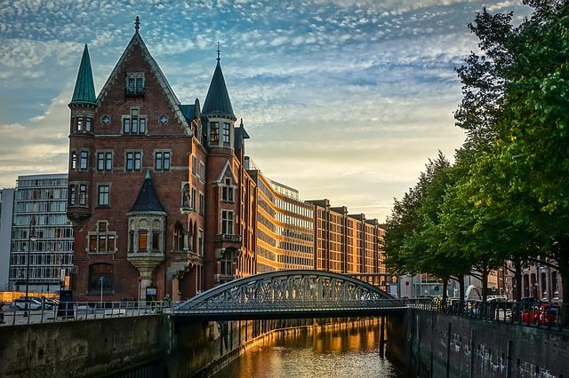 Speicherstadt Hamburg (Retrieved from Pixabay - guentherling)