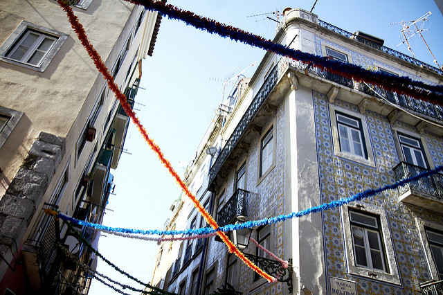 Bairro Alto (Retrieved from Flickr - Maéva Pensivy)