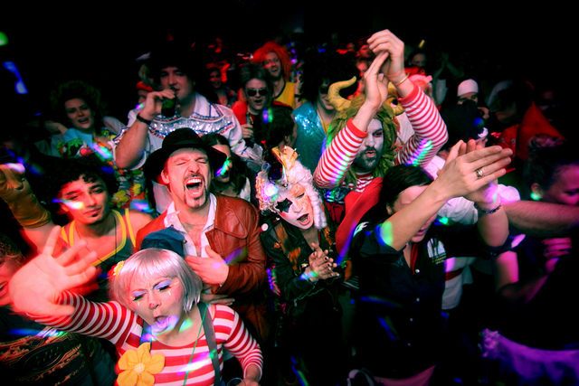 Karneval in Köln Retrieved from Flickr - Martin Terber