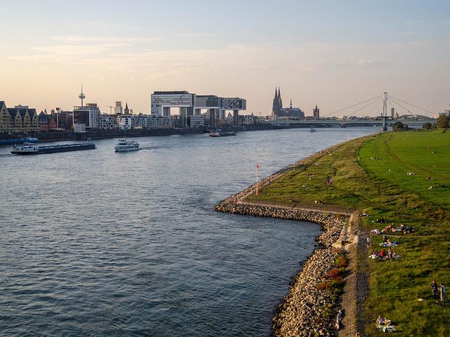 Rheinauhafen nähe Porz (Retrieved from Flickr - Robert Brands)