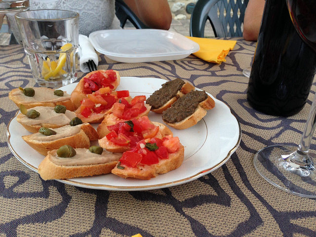 Crostinin (retrieved from flickr - To Tuscany)