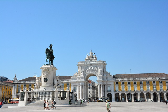 Praça do Comércio Retrieved from Pixabay - mariemoreira