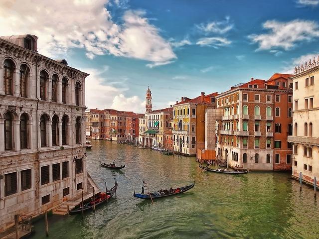 Piazza San Marco (retrieved from pixabay - skylark)