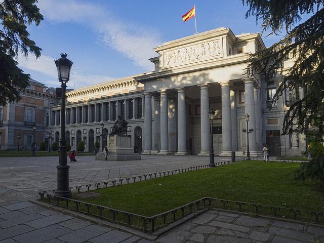 Museo del Prado (retrieved from: flickr - Carmelo Peciña)