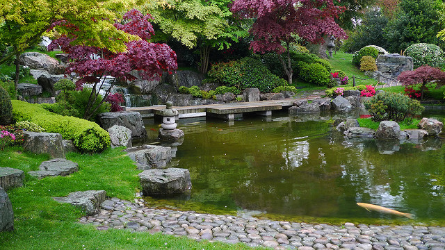 Kyoto Garden (retrieved from: flickr - Ewan Munro)