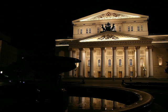 Bolschoi-Theater (retrieved from: flickr - cities@night)