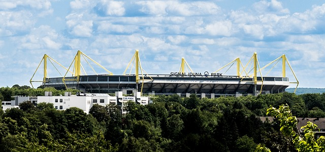 Dortmunds Westfalenstadion (retrieved from: pixabay - holly2801)